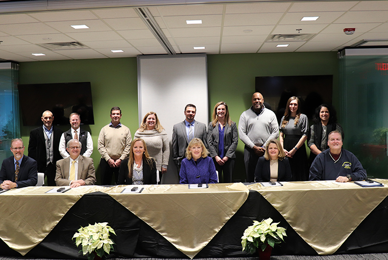 Hood College Partners with Frederick National Lab, FITCI in
