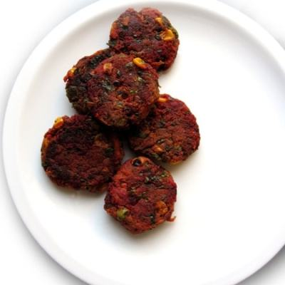 Kids Lunchbox Idea: Spinach & Beet Cutlets