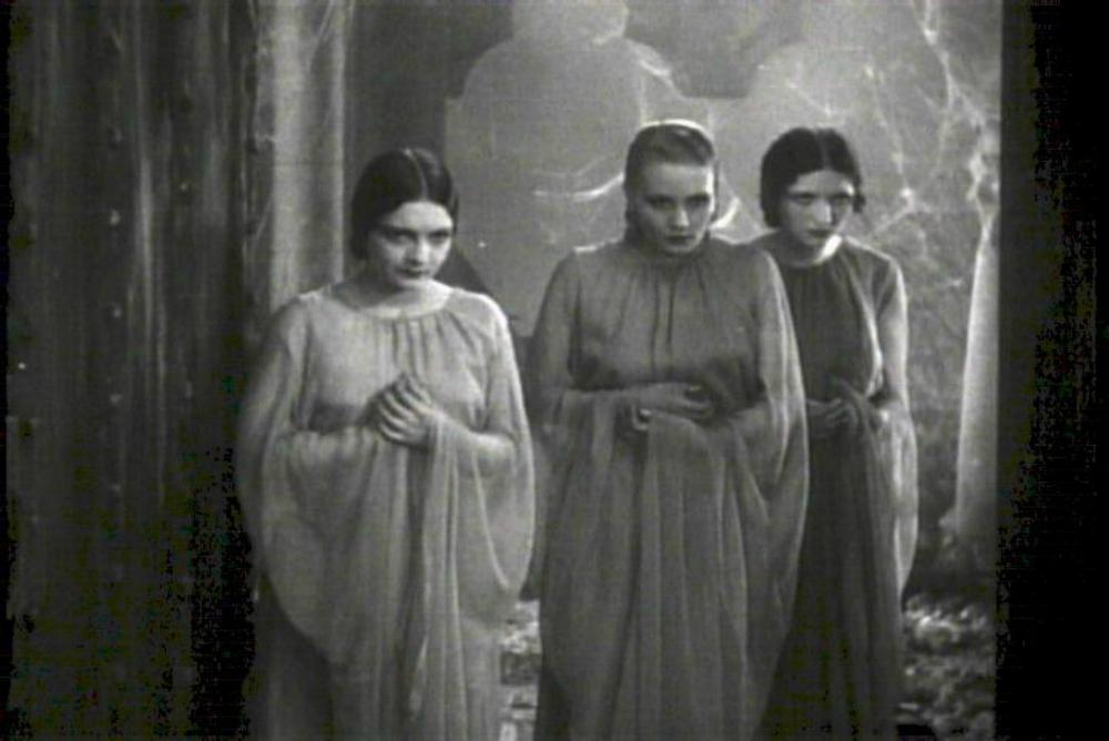 Dracula brides2