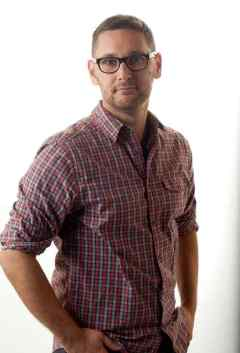 Lowell Dean image