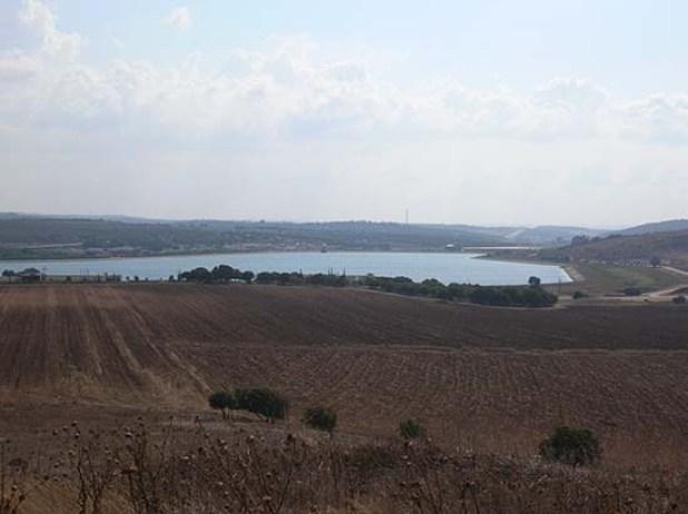 תצפית על אגם אשכול מתל חנתון