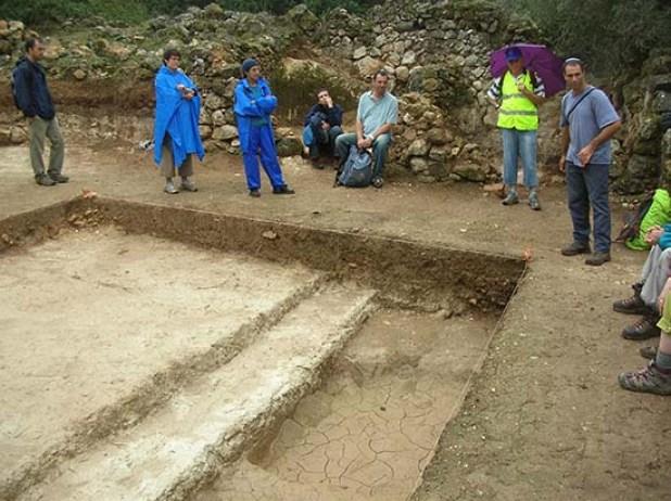 אתר חפירות ארכיולוגיות ליד כביש 79