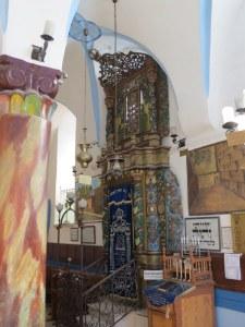 ארון הקודש בבית כנסת האר״י האשכנזי