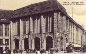 Kaufhaus Wertheim at   Leipziger Platz 1900