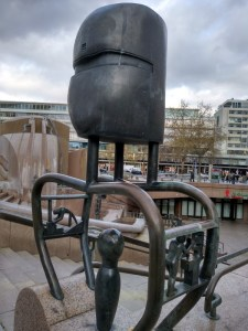 Weltkugelbrunnen