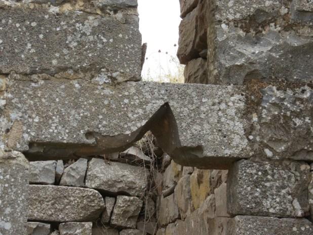 שימוש משני באבן  - חורבת פארג'
