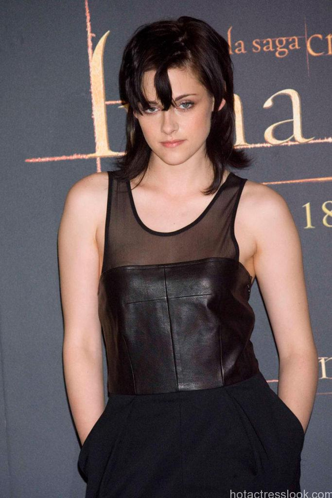 Yeh Hai Mohabbatein Hd Wallpaper Kristen Stewart Hot And Sexy Wallpapers Collection Hd