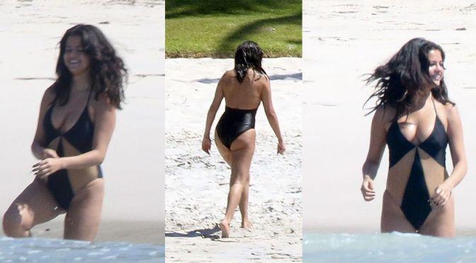 Selena Gomez – Swimsuit Candids in Mexico