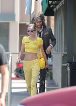 Miley Cyrus (5)