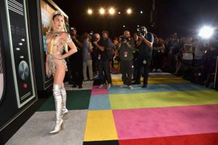Miley Cyrus (20)