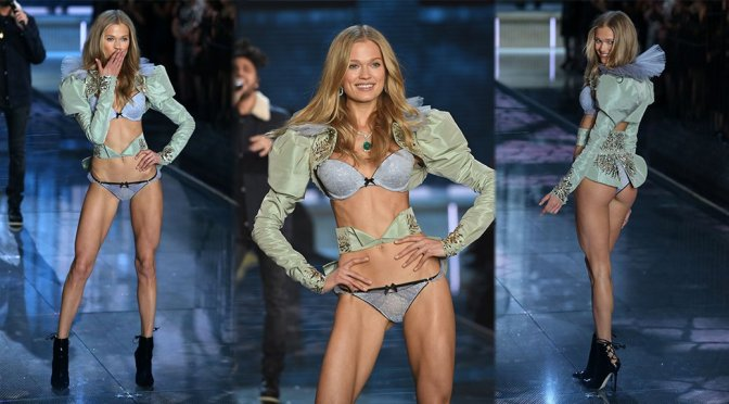 Vita Sidorkina- 2015 Victoria's Secret Fashion Show