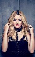 Ashley_Lucy_Sasha_Shay_Troian (6)