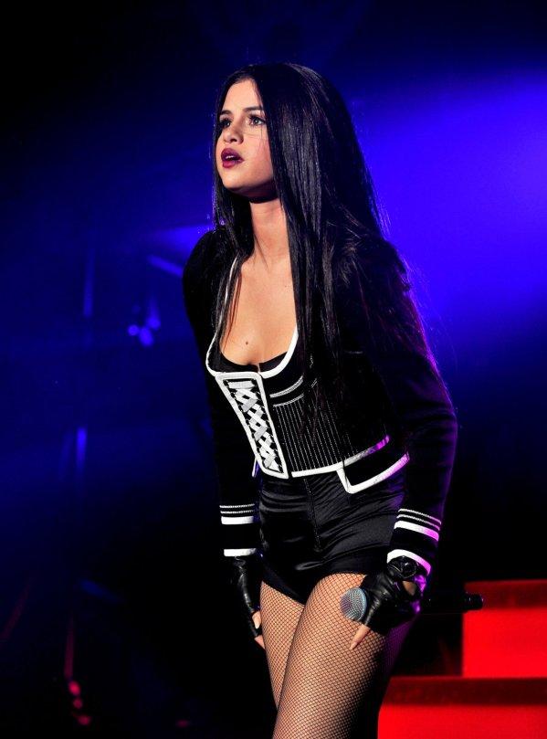Selena Gomez (17)
