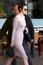 Kendall Jenner 01 (3)