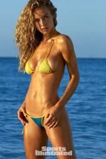 Hannah Ferguson (32)