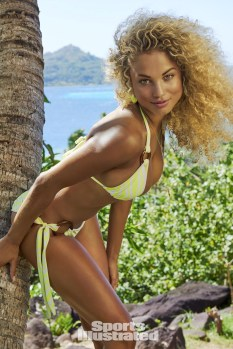 Rose Bertram (28)