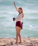 Bella Thorne (22)