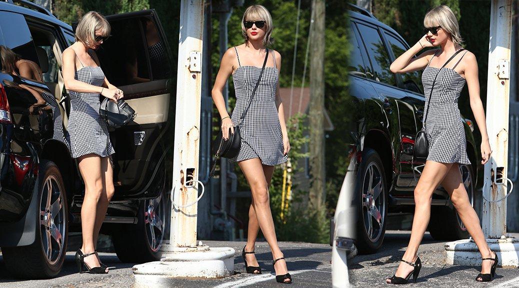 Taylor Swift - Leggy Candids in Nashville