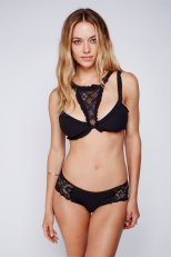 Hannah Ferguson (46)