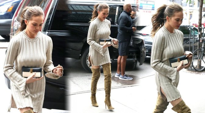 Chrissy Teigen – Braless Candids in New York