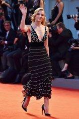Sophie Turner (19)