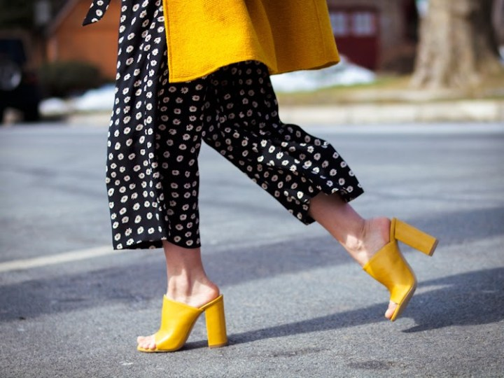 Fall-Fashion-2016-Trends-Yellow-Mule