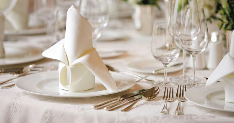 Restaurant table setting for two -  Restaurant Table Setting For Two Hotel Powerscourt Hotel Enniskerry Hotel Irland Download