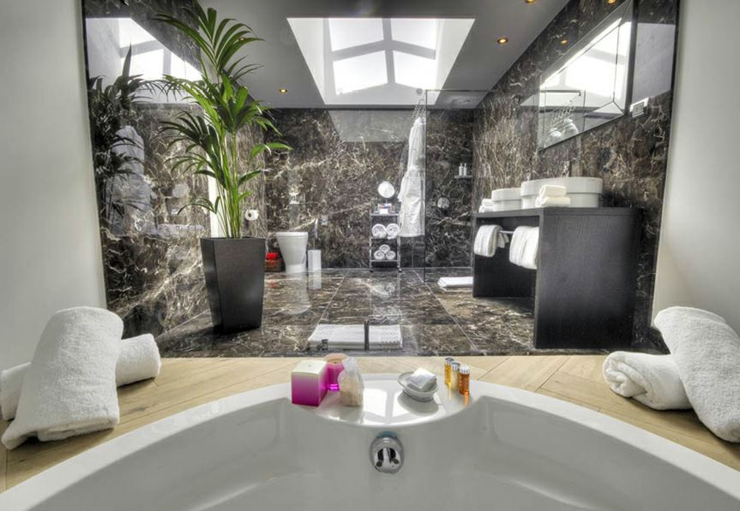 Blythswood Five Stars Hotel In The Heart Of Glasgow