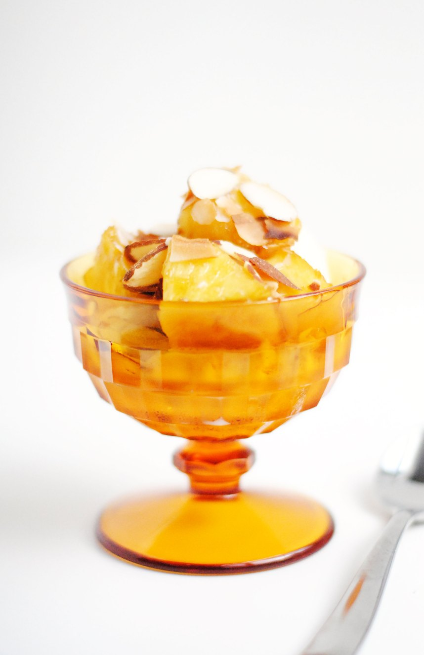Brown Sugared Pineapple Sundae with Coconut and Almonds | Hottie Biscotti