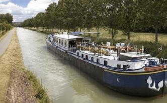 Burgundy River barge L'Impressionniste - feature image