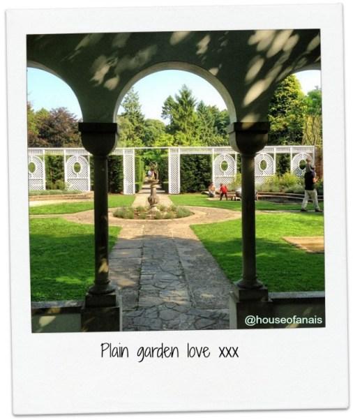Dyffryn gardens wales - love