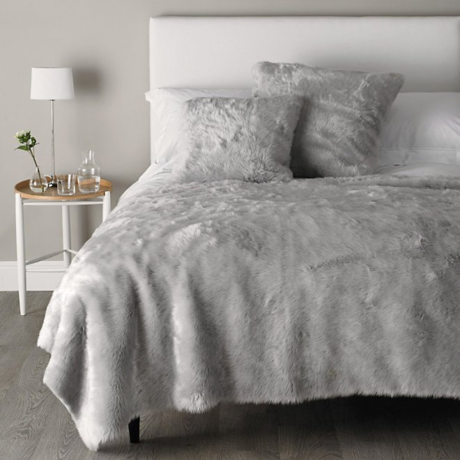 white company - faux fur silver throw