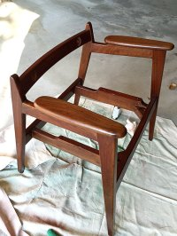 Mid Century Modern Chair Restoration - House of Hawthornes