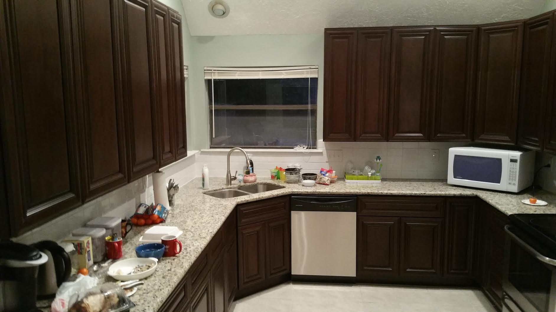 houston remodeling contractors just finished this kitchen remodel kitchen remodel contractors Houston Remodeling Contractors just finished this kitchen remodel foto2 foto4