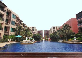 Beach Front Condo For rent in Hua Hin, Marakush condo For rent.