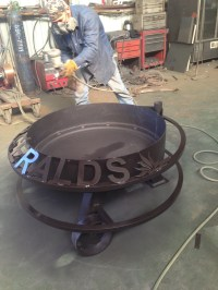Fire Pits & Custom Metal Signs - Hull Welding & Fuel Tanks