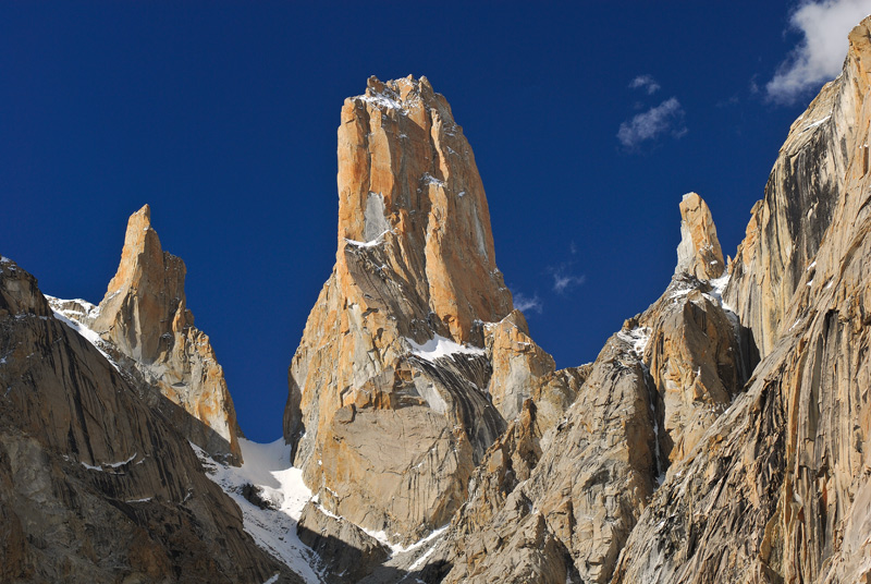 National Geographic Fall Wallpaper Trango Tower 6 239 M Expedition Hunza Adventure Tours