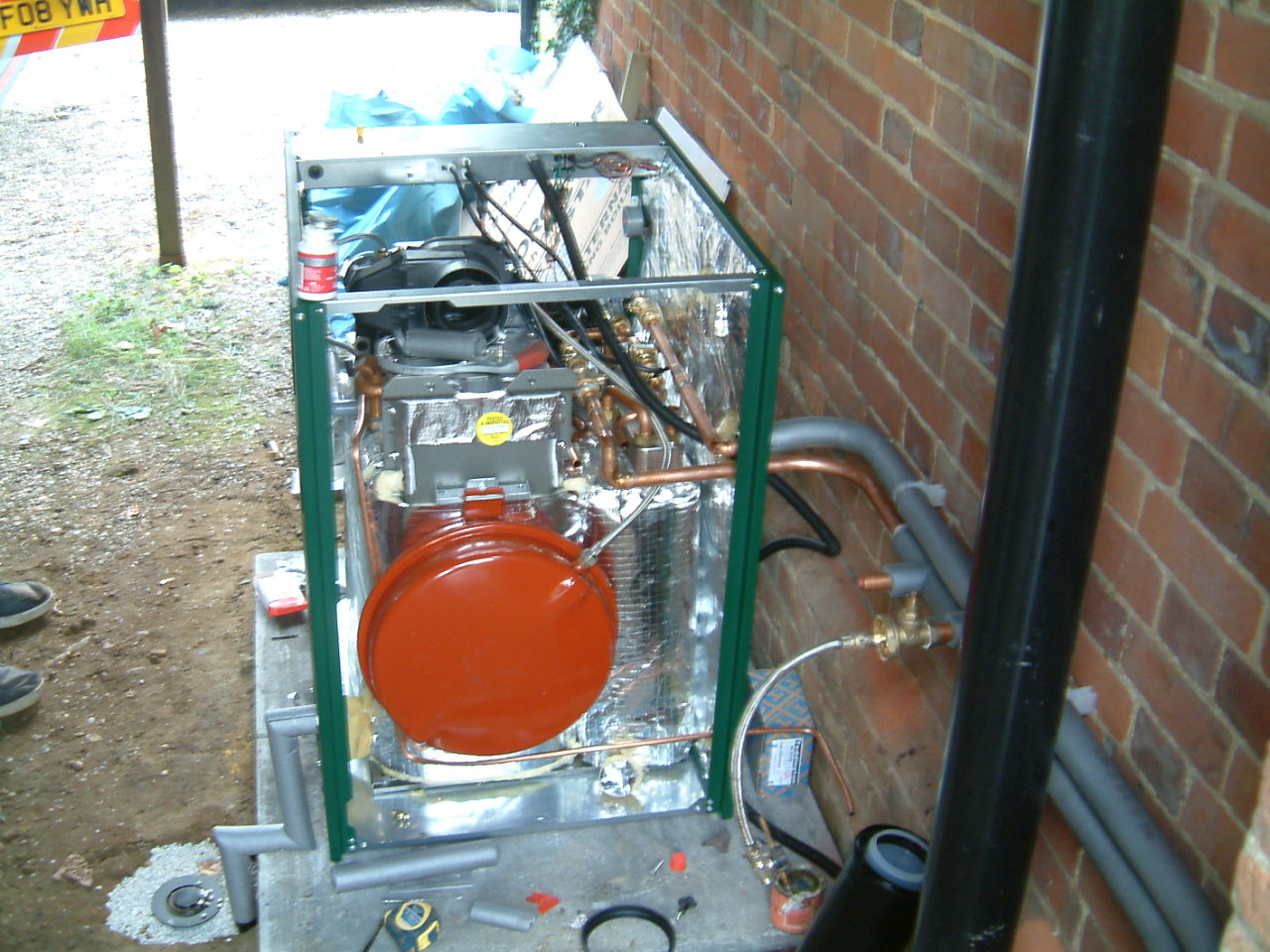 New Worcester Bosch Oil Combination Boiler Hot Water And