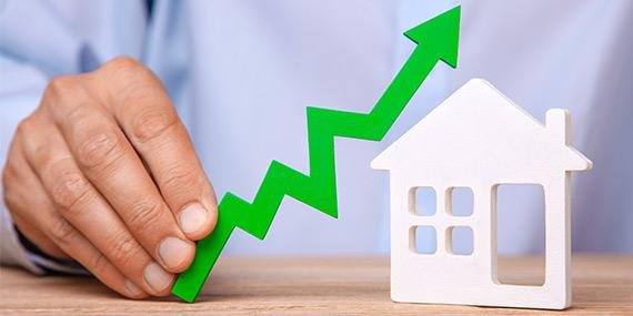 Zájem o hypotéky polevuje, sazby stále letí vzhůru - Hypokalkulačka