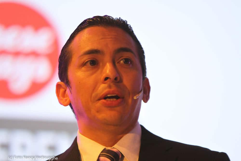 Brian Solis presenting at the i-SCOOP Fusion Marketing Experience social business sessions – picture Nancy Verbrugghe