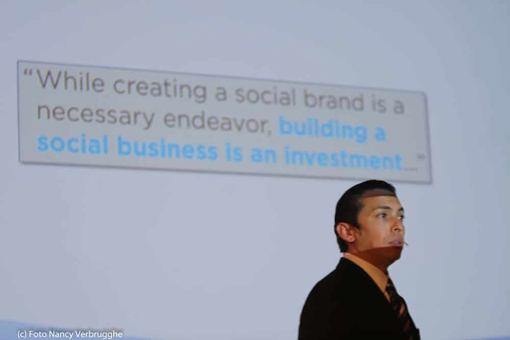 Building a social business is an investment – Brian Solis at the i-SCOOP Social Business Sessions