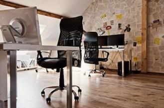 X3 Offices – креативный офисный интерьер от румынских дизайнеров (10)