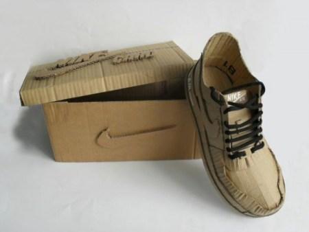 Кроссовки из картона