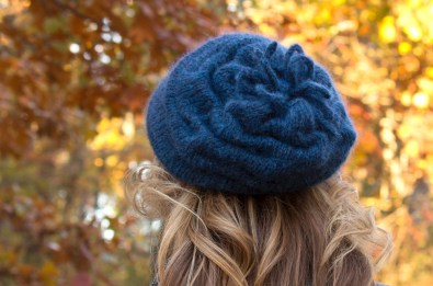 slouchy beret back