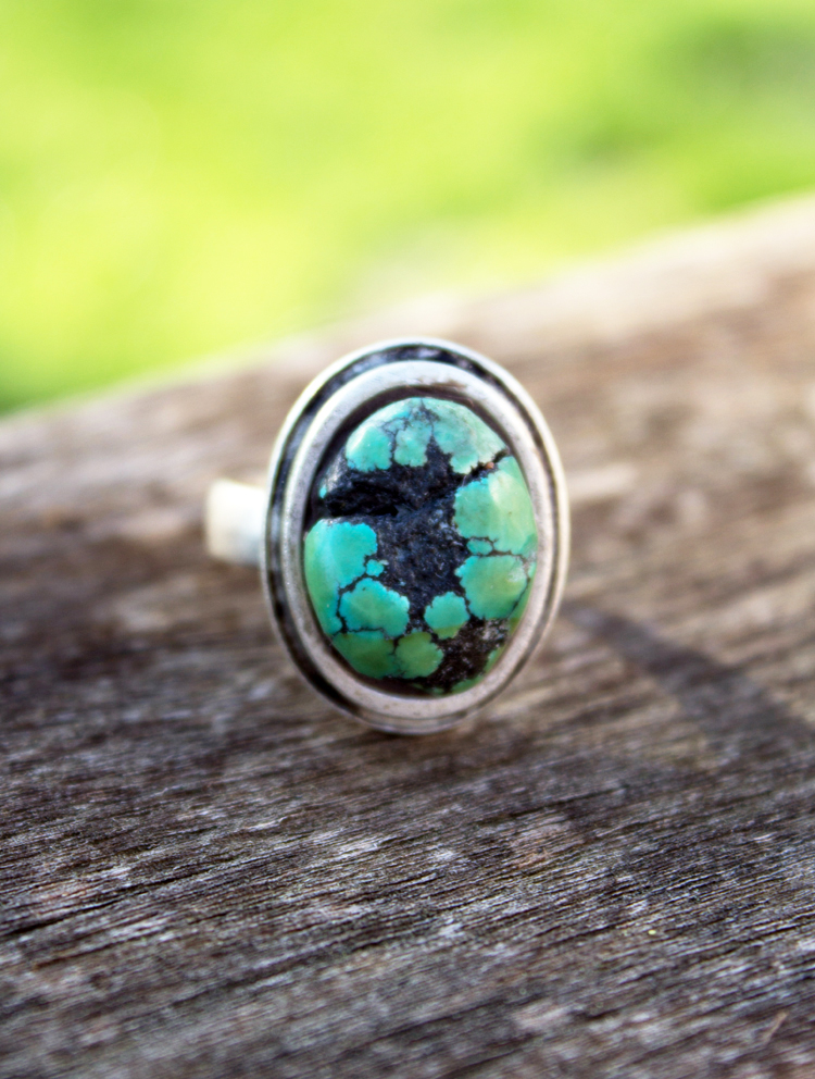 turquoise stone oval ring made with epoxy clay