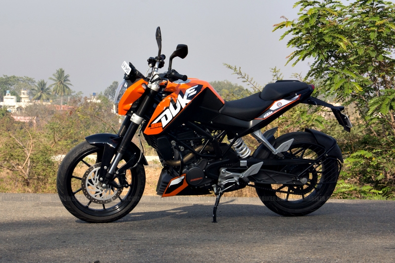 KTM Duke 200 review 02