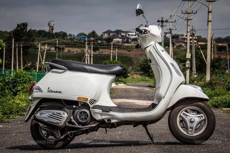vespa 125 lx india review 01