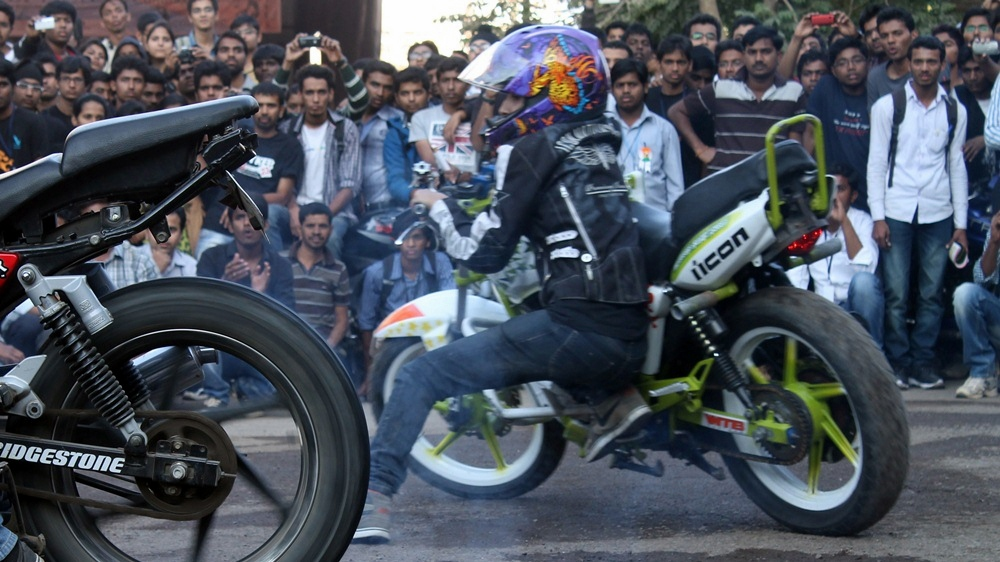 anam hasim - stunt girl india - 03