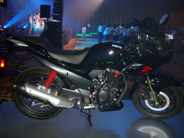 new hero karizma r 2013 - 02