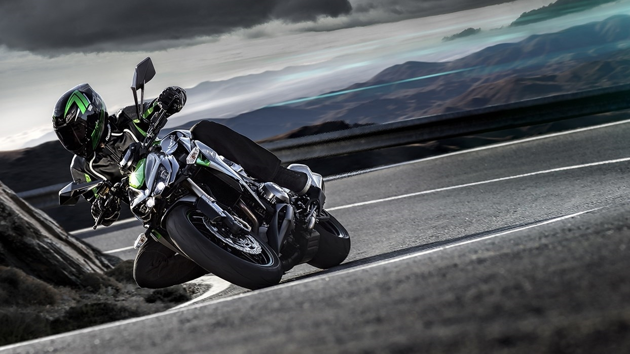 Kawasaki Z1000 wallpapers - 01